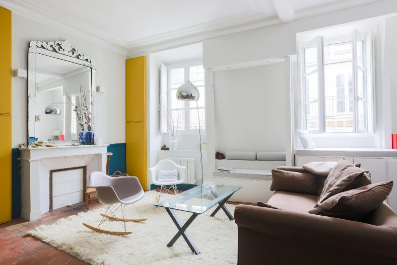 onefinestay - Rue Saint-André-des-Arts private home - Image 1 - Paris - rentals