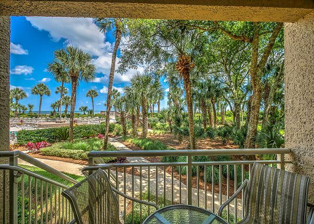 View - 433 Captains Walk-Oceanfront, walk right from your patio to the pool & ocean. - Daufuskie Island - rentals