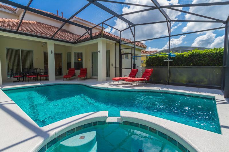 Villa Toscana... 5 bedrooms and heated pool - Image 1 - Orlando - rentals