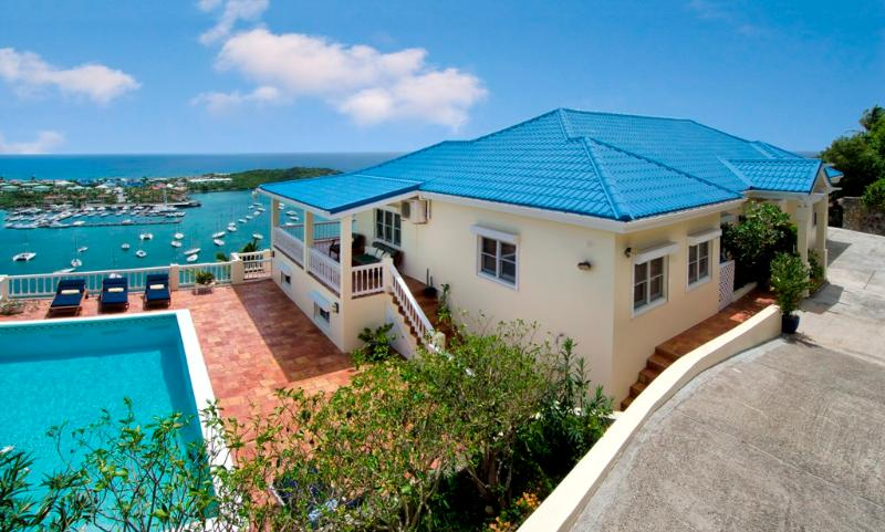Majestic View - Ideal for Couples and Families, Beautiful Pool and Beach - Image 1 - Oyster Pond - rentals