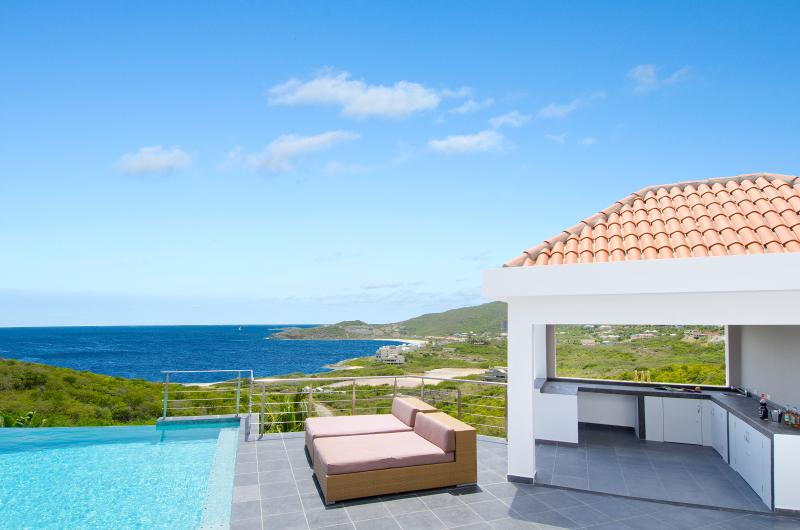 Small Beach within Walking Distance, Ideal for Couples & Groups, Private Pool, Views!!! - Image 1 - Dawn Beach - rentals