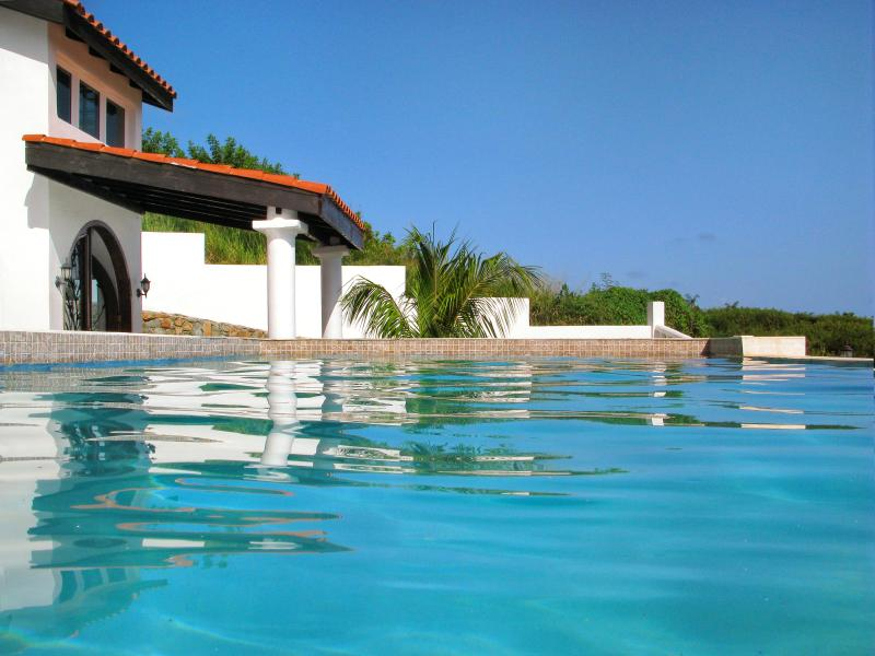 Ideal for Couples & Groups, Private Pool, Short Walk to Beach, Short Drive to Restaurants - Image 1 - Dawn Beach - rentals