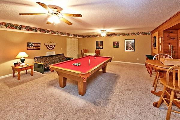 Cozy Bear - Image 1 - Pigeon Forge - rentals