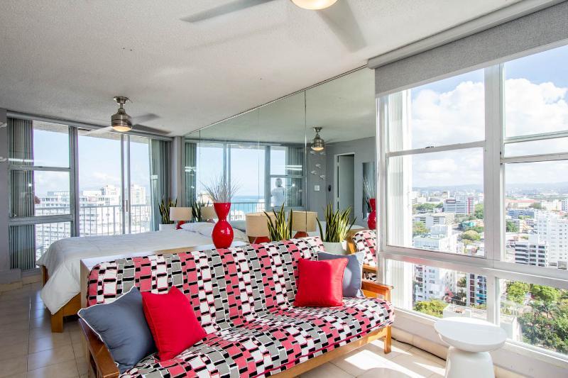 Ashford Imperial 2301 Elegant Suite - Image 1 - San Juan - rentals