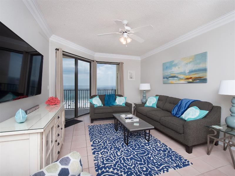 Family room with queen sleeper sofa, recliner, 60' tv, balcony/ocean view - $75 Jan 7-10th/11th floor Oceanfront 2B/2B - Orange Beach - rentals