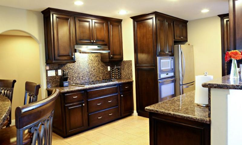 Kitchen With Grantie Counters and Stainless steel appliances - Destination #15 - Anaheim - rentals