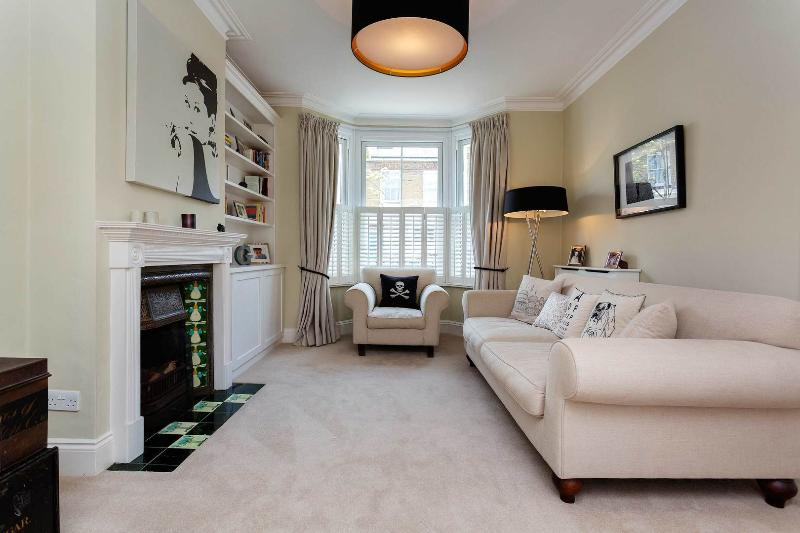 An light and elegant house in West London. - Image 1 - London - rentals