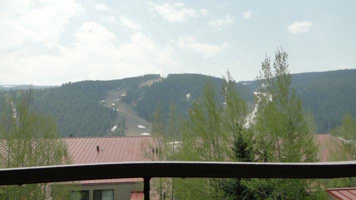 Balcony View  - Breathtaking balcony view of the slopes. - 204 Ski Run - Mountain House - Keystone - rentals
