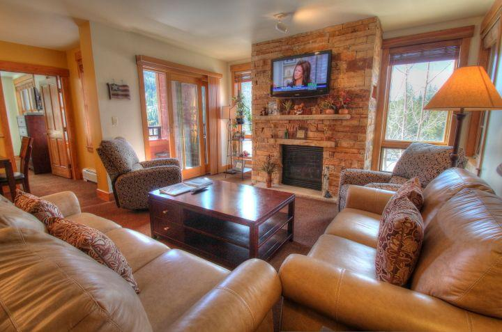 Living Room - Check out this new gorgeous gas fireplace! - 8844 The Springs - River Run - Keystone - rentals