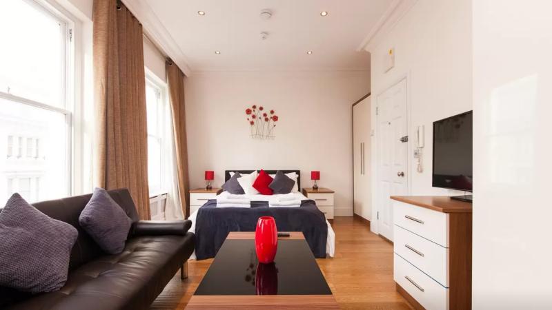 Brilliant Studio Near Museums U12 - Image 1 - London - rentals