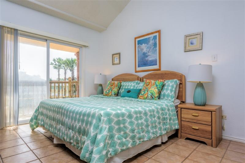 Casual townhome style, across from the beach! - Image 1 - South Padre Island - rentals