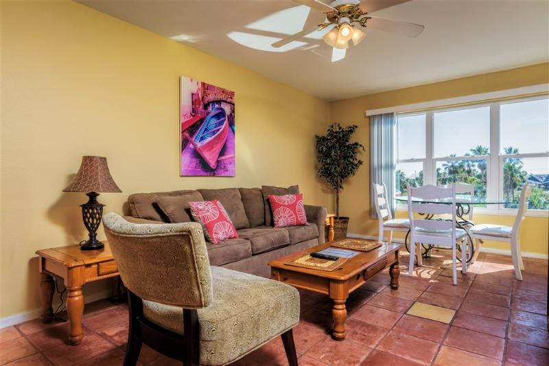 Affordable, next to Sclitterbahn, Gulfview ll - Image 1 - South Padre Island - rentals
