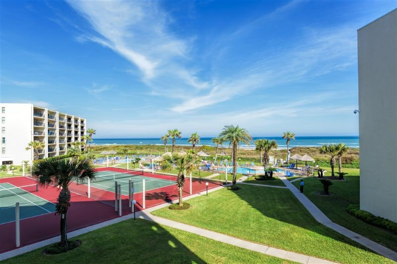 Beachfront resort with 3 pools, great views! - Image 1 - South Padre Island - rentals