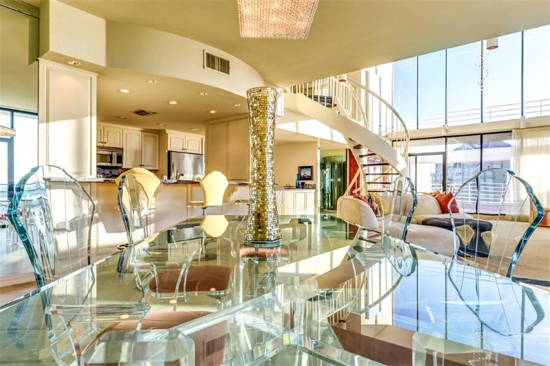 Beachfront Penthouse, nothing else comes close! - Image 1 - South Padre Island - rentals