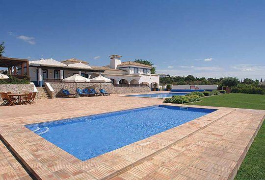 7 bedroom Villa in Boliqueime, Central Algarve, Portugal : ref 1717110 - Image 1 - Cerca Velha - rentals