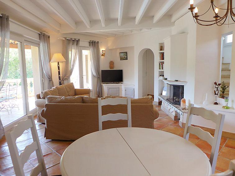 4 bedroom Villa in Sainte Maxime, Cote d'Azur, France : ref 2012761 - Image 1 - Saint-Maxime - rentals