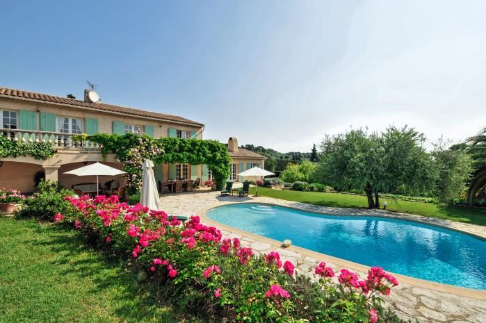 4 bedroom Villa in Valbonne, Cote D Azur, France : ref 2018141 - Image 1 - Valbonne - rentals