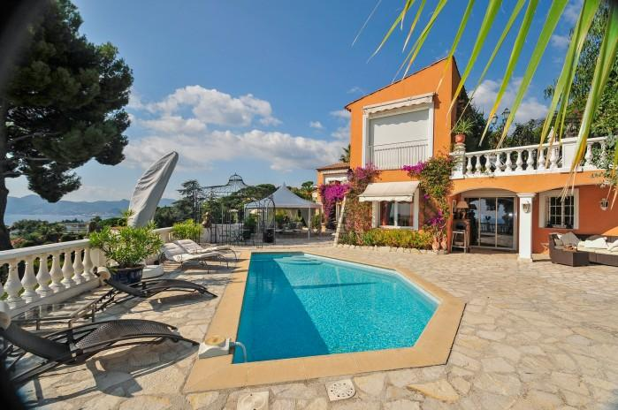 4 bedroom Villa in Cannes, Cote D Azur, France : ref 2018151 - Image 1 - Cannes - rentals