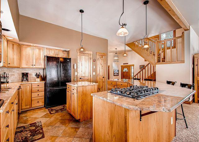 Kitchen - Bystone Villa Retreat - Located on Peak 8, short walk to shuttle stop - perfect villa for families! - Breckenridge - rentals