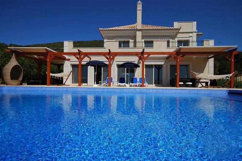 5 bedroom Villa in Loule, Algarve, Portugal : ref 2022225 - Image 1 - Santa Barbara de Nexe - rentals