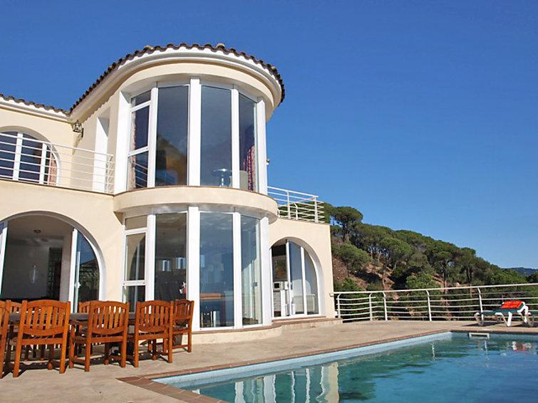 6 bedroom Villa in Lloret De Mar, Costa Brava, Spain : ref 2055745 - Image 1 - Lloret de Mar - rentals