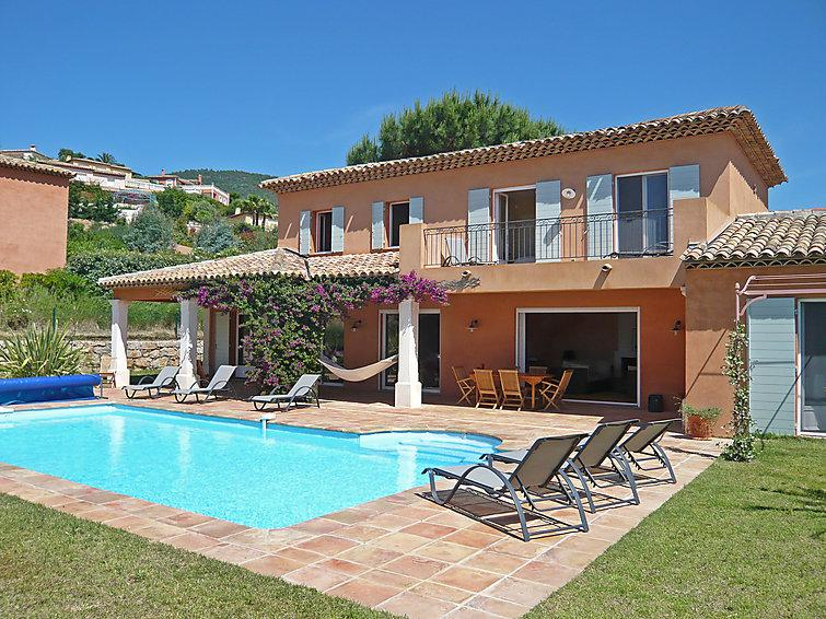 5 bedroom Villa in Cavalaire, Cote d'Azur, France : ref 2057391 - Image 1 - Cavalaire-Sur-Mer - rentals