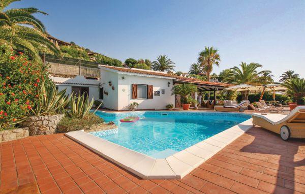 3 bedroom Villa in Parghelia, Calabria, Italy : ref 2089787 - Image 1 - Parghelia - rentals