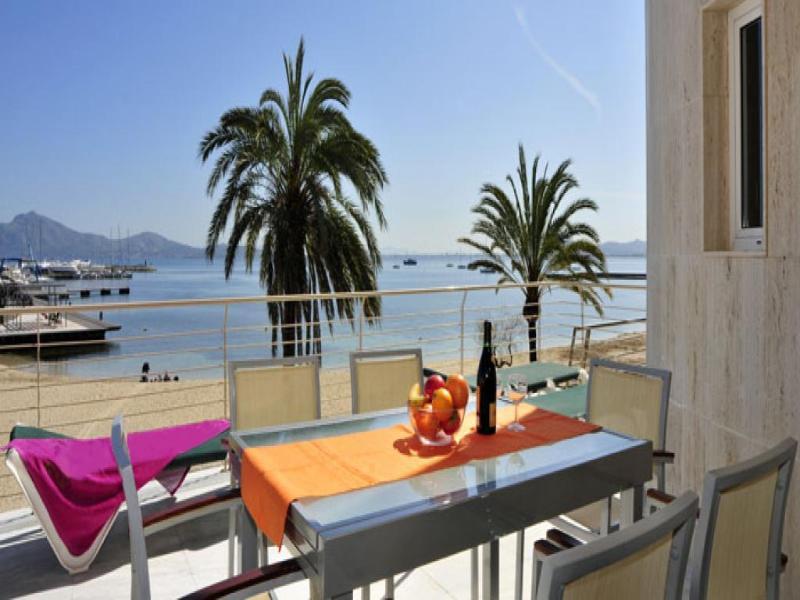 3 bedroom Apartment in Puerto Pollenca, Mallorca, Mallorca : ref 2092759 - Image 1 - Port de Pollenca - rentals