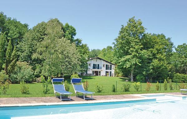 5 bedroom Villa in St-Jean-de-Luz, Aquitaine, France : ref 2095742 - Image 1 - Ascain - rentals