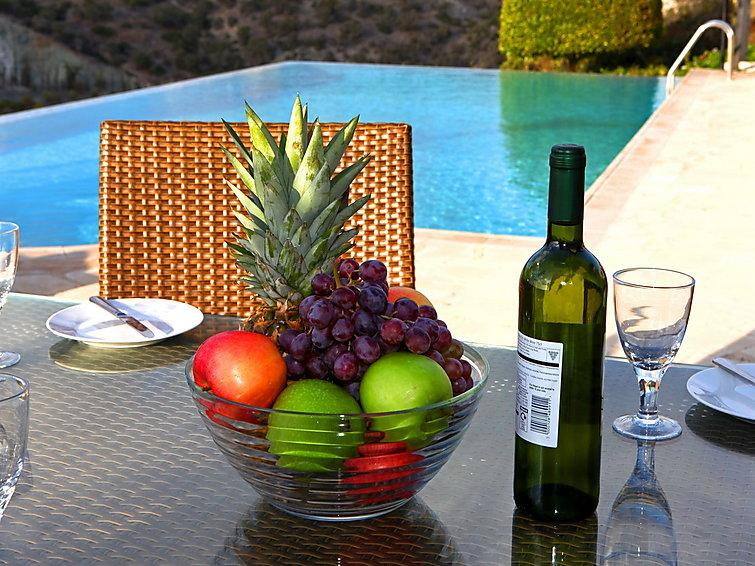 3 bedroom Villa in Paphos, Cyprus : ref 2096842 - Image 1 - Paphos - rentals