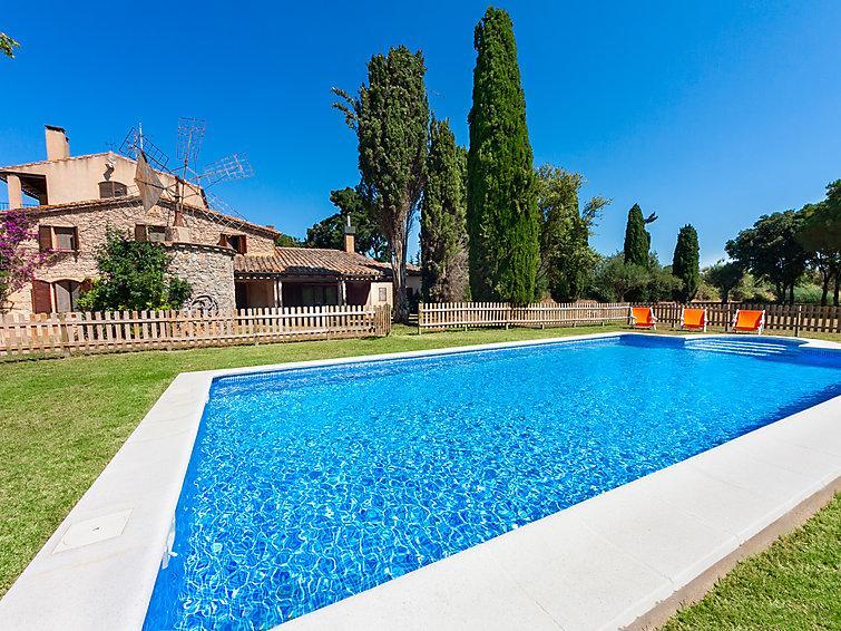 8 bedroom Villa in Vall Llobrega, Costa Brava, Spain : ref 2097031 - Image 1 - Vall-Llobrega - rentals