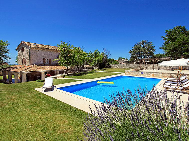 5 bedroom Villa in Porec Zgrablici, Istria, Croatia : ref 2098071 - Image 1 - Mofardini - rentals