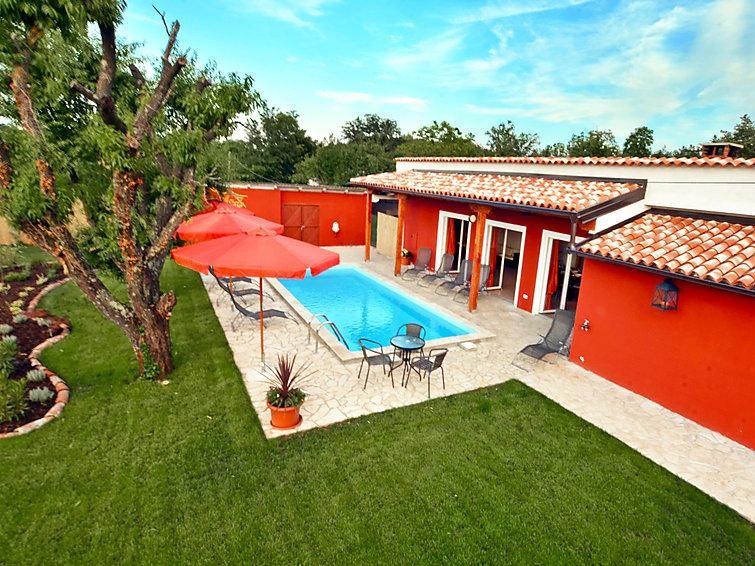 5 bedroom Villa in Buje Plovanija, Istria, Croatia : ref 2098942 - Image 1 - Gamboci - rentals