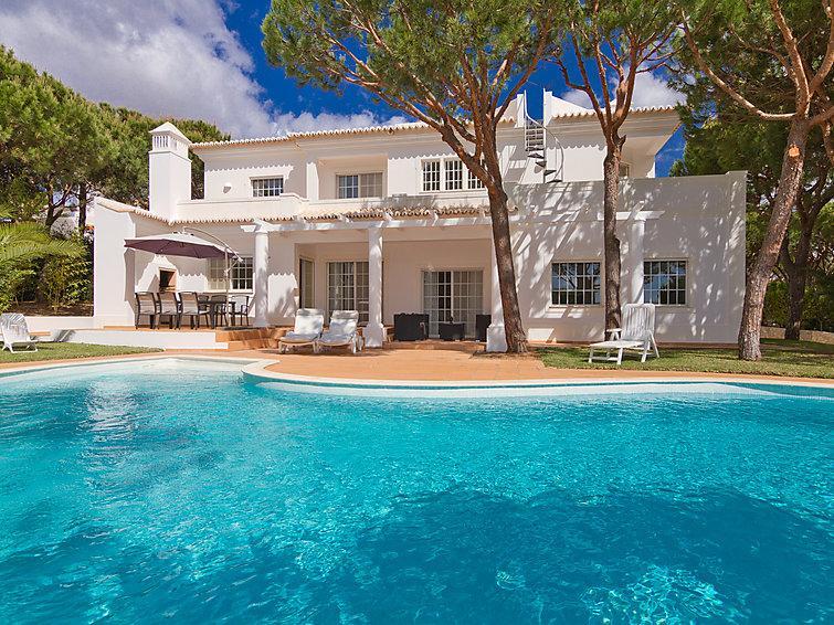 4 bedroom Villa in Monte Gordo, Algarve, Portugal : ref 2099535 - Image 1 - Sao Bartolomeu - rentals