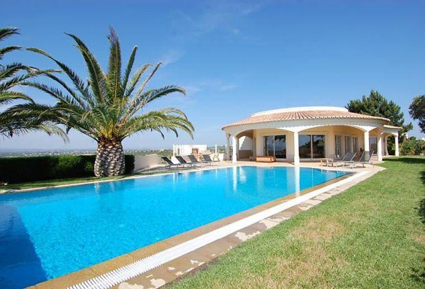 3 bedroom Villa in Ferragudo, Carvoeiro, Algarve, Portugal : ref 2105501 - Image 1 - Ferragudo - rentals
