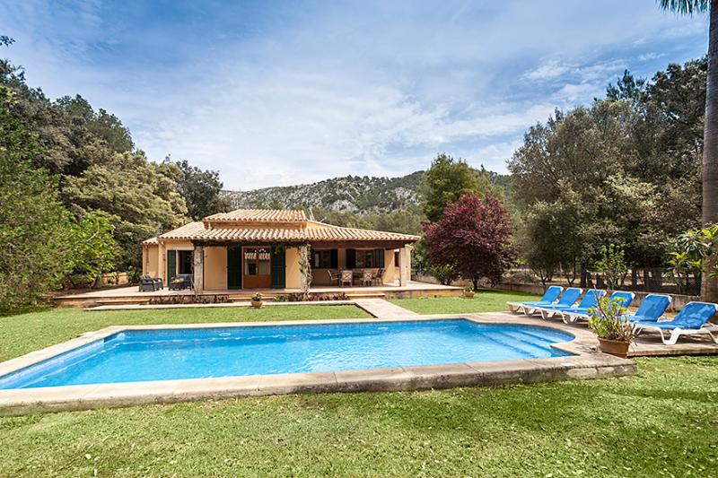 4 bedroom Villa in Sa Pobla, Crestatx, Mallorca, Mallorca : ref 2127210 - Image 1 - Sa Pobla - rentals