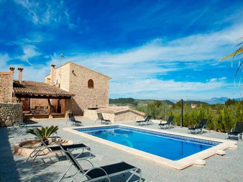 6 bedroom Villa in San Joan, Mallorca : ref 2127213 - Image 1 - Sant Joan - rentals