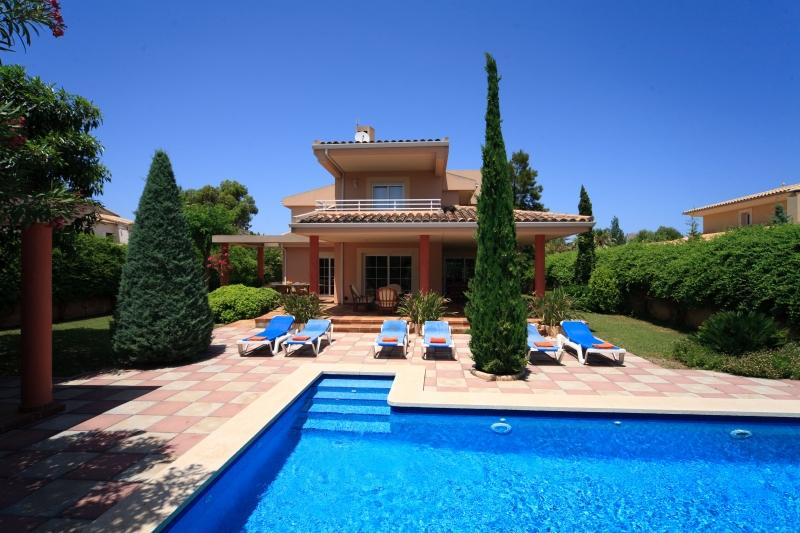 4 bedroom Villa in Puerto Pollensa, Pollensa, Mallorca : ref 2132467 - Image 1 - Port de Pollenca - rentals