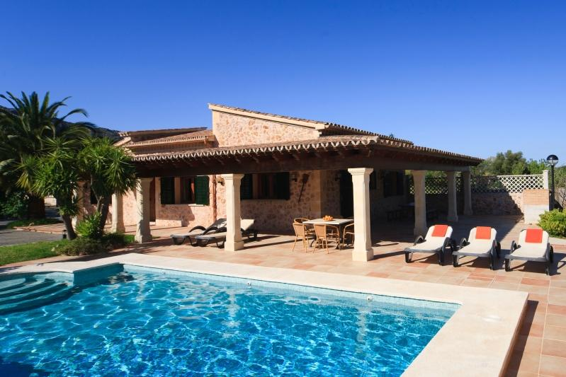 3 bedroom Villa in La Font, Pollensa, Mallorca : ref 2132492 - Image 1 - Pollenca - rentals