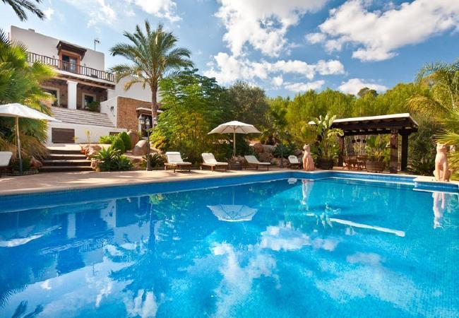 5 bedroom Villa in Santa Eulalia Del Rio, Ibiza, Ibiza : ref 2132831 - Image 1 - Santa Eulalia del Rio - rentals