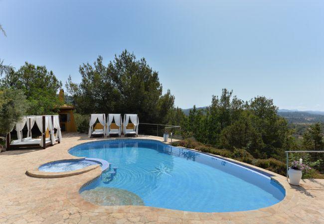 6 bedroom Villa in Sant Antoni De Portmany, San Antonio, Ibiza, Ibiza : ref 2132875 - Image 1 - Sant Antoni de Portmany - rentals