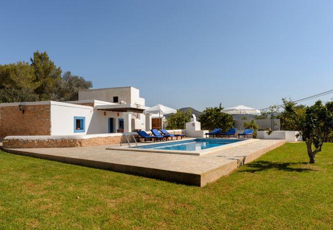 3 bedroom Villa in Sant Jordi De Ses Salines, Ibiza Town, Ibiza, Ibiza : ref - Image 1 - Es Vive - rentals