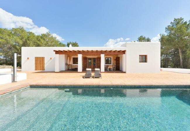 3 bedroom Villa in Santa Gertrudis, Ibiza, Ibiza : ref 2132922 - Image 1 - Santa Gertrudis - rentals