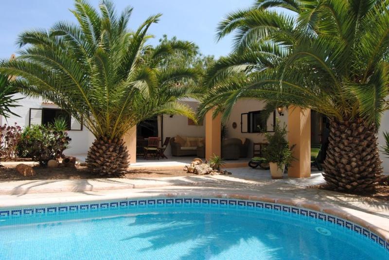 2 bedroom Villa in Porroig, Islas Baleares, Ibiza : ref 2133408 - Image 1 - Es Cubells - rentals