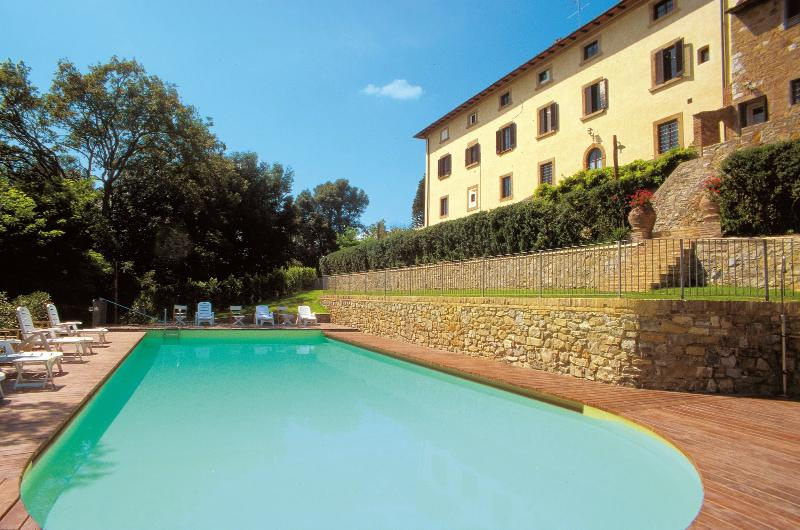 8 bedroom Villa in Gambassi, Volterra And San Gimignano Surroundings, Tuscany - Image 1 - Gambassi Terme - rentals