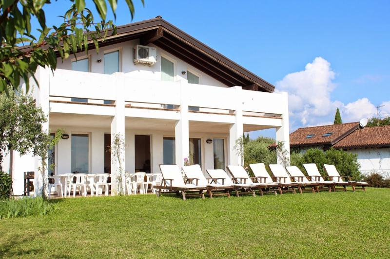 5 bedroom Villa in San Felice del Benaco, Lombardy, Italy : ref 2135277 - Image 1 - San Felice del Benaco - rentals