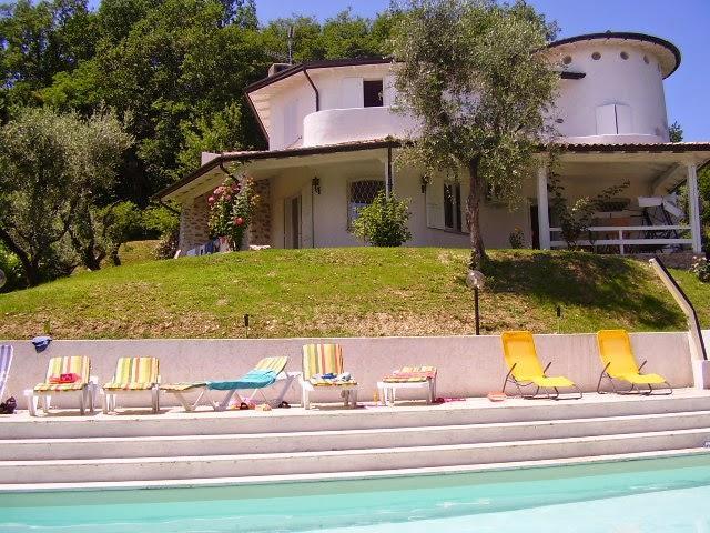 8 bedroom Villa in San Felice del Benaco, Lombardy, Italy : ref 2135281 - Image 1 - San Felice del Benaco - rentals
