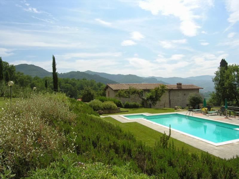7 bedroom Villa in Vicchio, Tuscany, Mugello, Italy : ref 2135341 - Image 1 - Dicomano - rentals