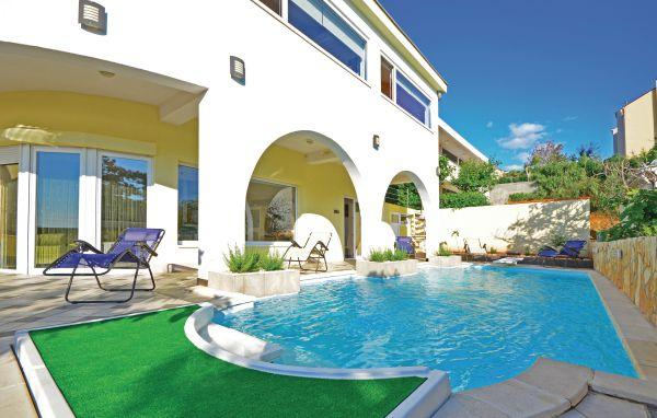 6 bedroom Villa in Pag-Pag, Island Of Pag, Croatia : ref 2183604 - Image 1 - Pag - rentals