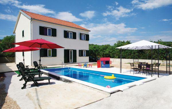 7 bedroom Villa in Ciovo-Slatine, Island Of Ciovo, Croatia : ref 2183745 - Image 1 - Slatine - rentals